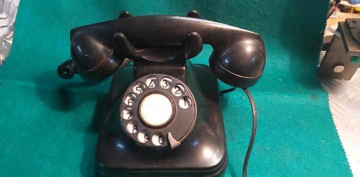 Antiguo teléfono de telefónica años 60 de standard