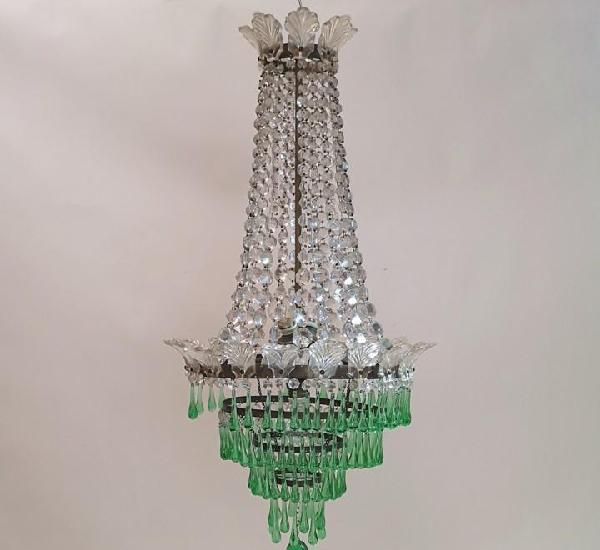 Lámpara con lágrimas verdes
