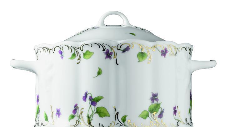 Sopera monbijou petite violette de rosenthal- articulo nuevo