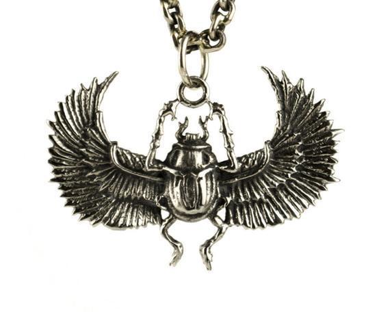 Egipto escarabajo collar plata antigua color bronce colgante