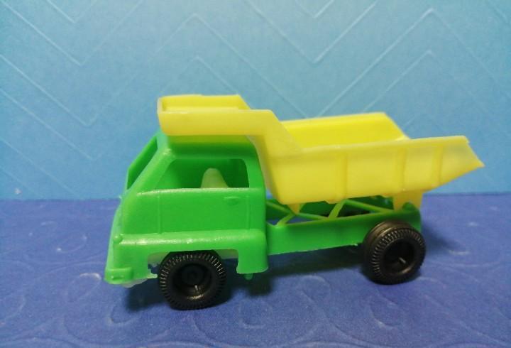 Camión volquete juguetes jisa años 70
