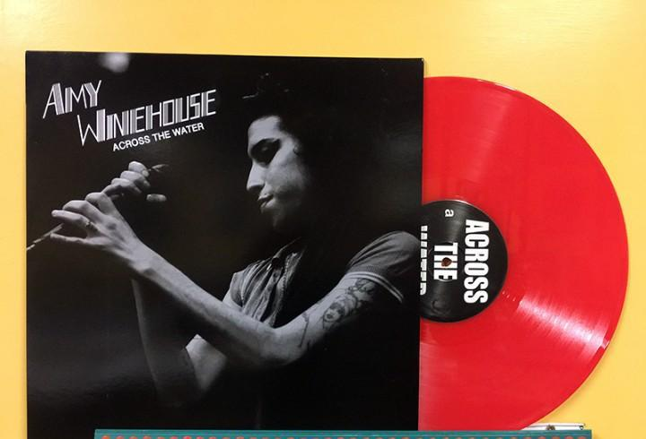 Amy winehouse lp across the water vinilo color rojo live muy