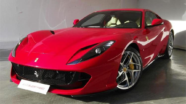 Ferrari 812 superfast *precio neto*