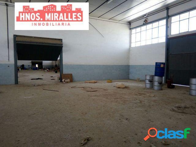 Se vende Nave Industrial en Poligono a 1 Km de Elche. 3