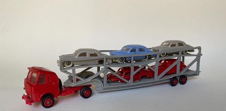 Camión pegaso portacoches, minicars anguplás. c 1960,