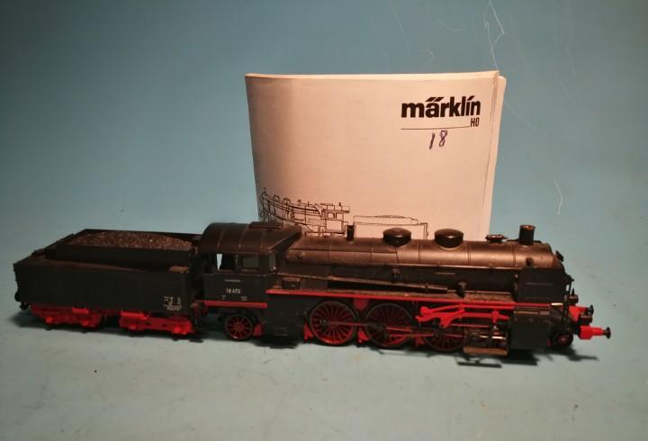 Locomotora vapor märklin sin caja br 18 digital