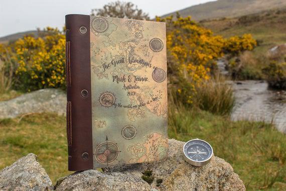 A5 travel journal. cuaderno de madera personalizado. travel