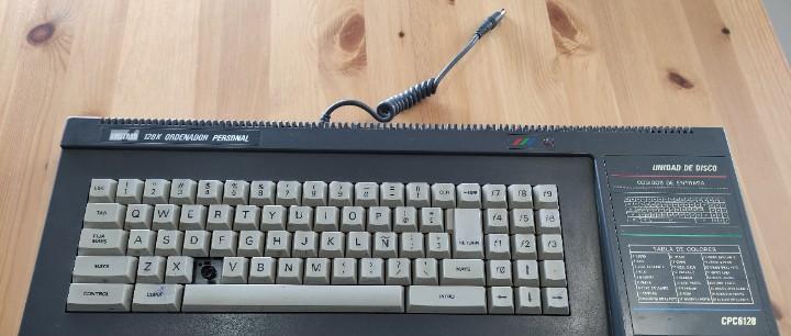 Consola ordenador amstrad cpc 6128 no probado por falta de