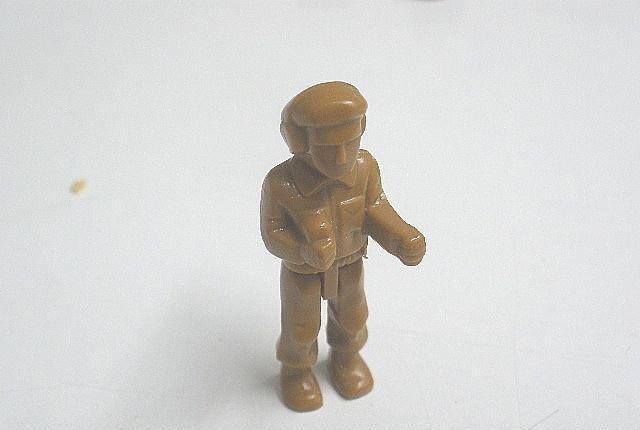 Tente autentico muñeco militar radioperador. color