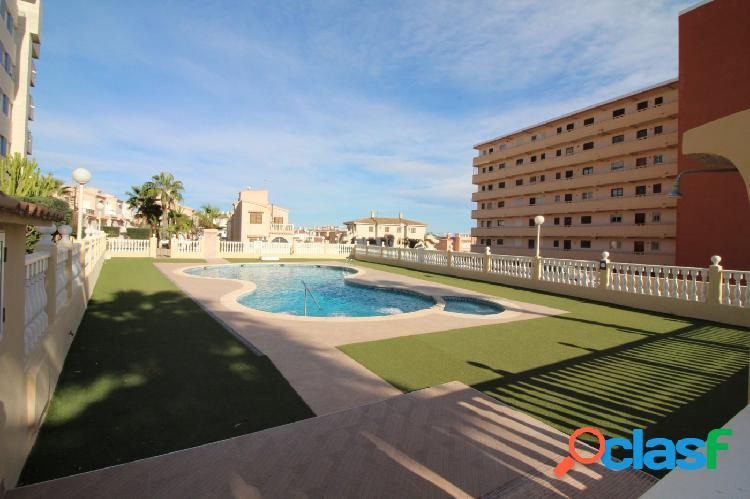 Bonito ático 3 dormitorios 2 baños con parking y piscina