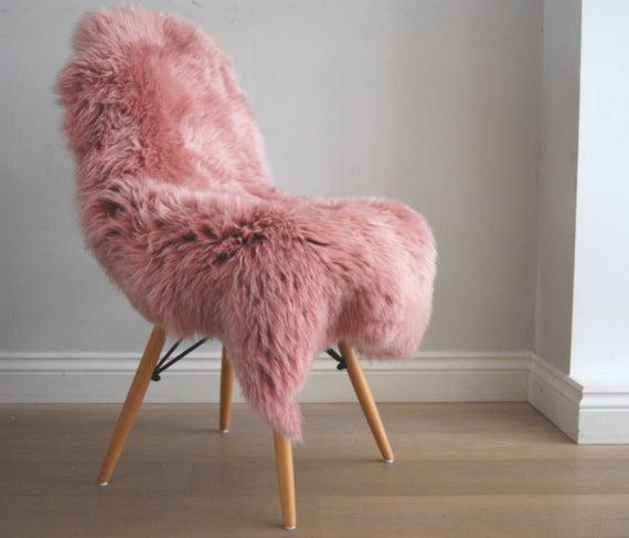 Dusky rosa genuina piel de oveja alfombra throw beautiful