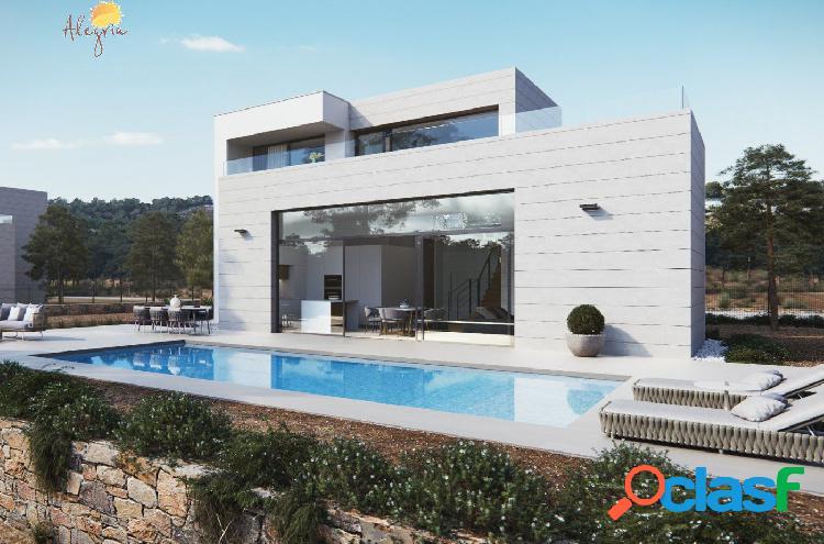 """Villa exclusiva dos plantas(el lujo de vivir la naturaleza) """"las colinas golf"""""""
