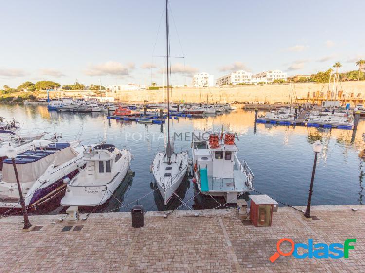 Casa en primera linea del puerto de ciutadella