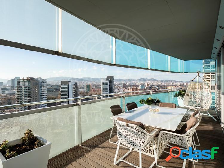 Piso alto standing con vistas al mar y barcelona