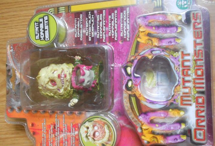 Nuevo blister mom mutant orrid monster mutant horrible.