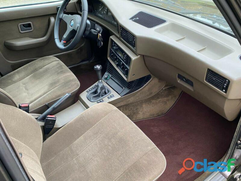 BMW 528i1986 184 CV 3