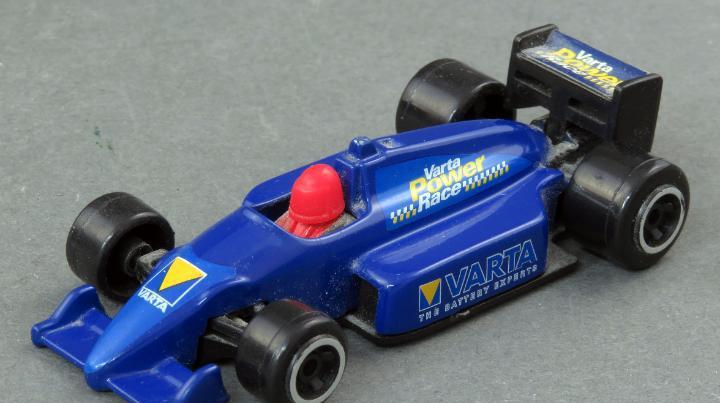 Deportivo varta power race 1/64 made in china