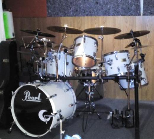 Tocar la batería... otra forma de hacer música