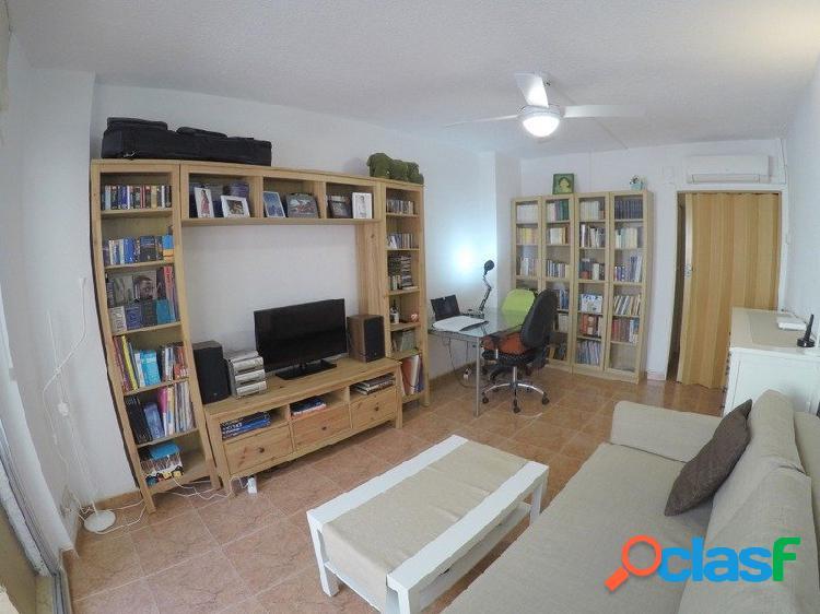 Venta de piso listo para entrar a vivir con 1 dormitorio y 1 baño completo. Santos Justo y Pastor. 3