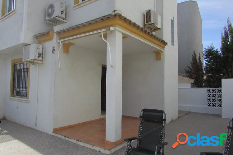 Chalet Adosado en Residencial Baleares (Aguas nuevas Torrevieja). 2