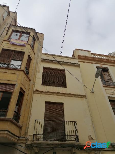 Casa venta en castellón zona centro, 235 m. a reformar