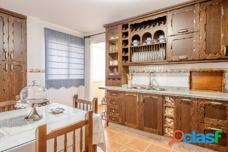Piso de 3 dormitorios, 2 WC y plaza de garaje en Alfacar! 3