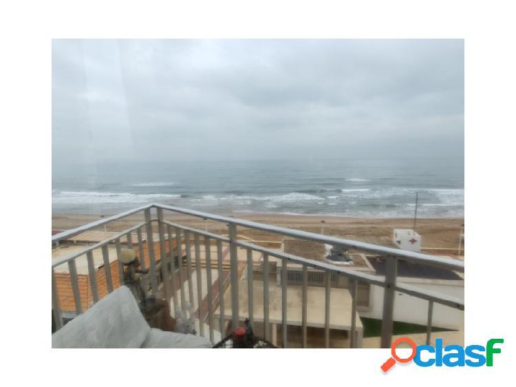 Apartamento 1º linea playa daimús