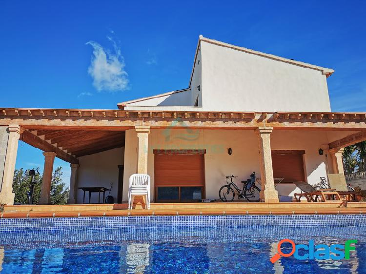 Villa lujo en venta en Gata de Gorgos a un paso de la localidad 1