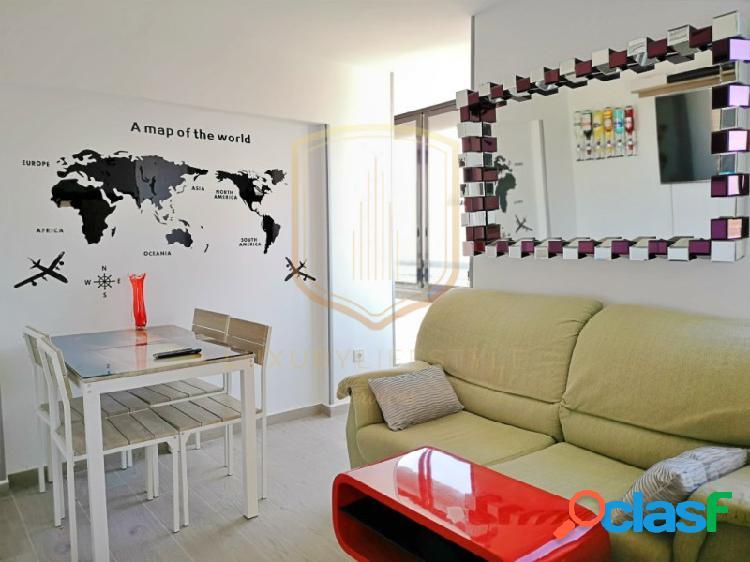Precioso apartamento recién reformado en complejo con recepción, piscina, zonas comunes sociales y parking comunitario