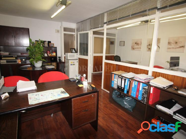 Despacho-oficina en alquiler en travesía de c/ Aragón. 2