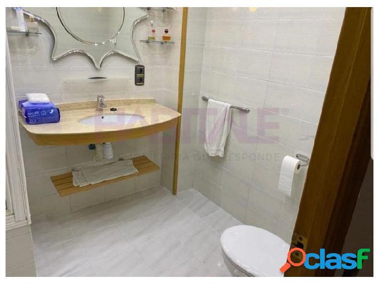 Gran oportunidad,piso 4 habitaciones totalmente equipado y 2 baños,situado en una tranquila zona. 3