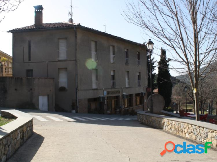 Hostal en la Nou del Berguedà para negocio de hosteleria y restaurante