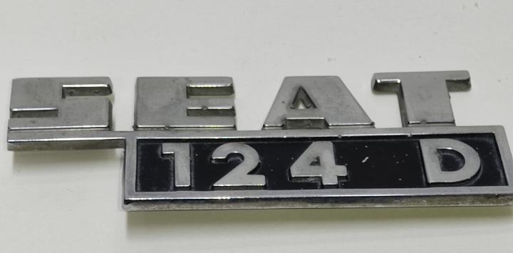 Logo o emblema seat 124 d para carrocería.