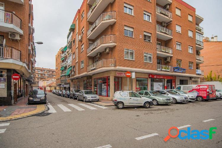 Local comercial en venta en álcalá de henares, madrid.