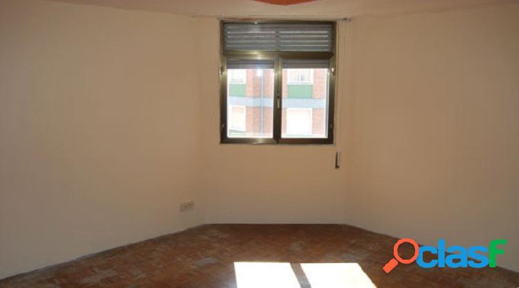 Amplio piso a 10 minutos del centro de miranda de ebro