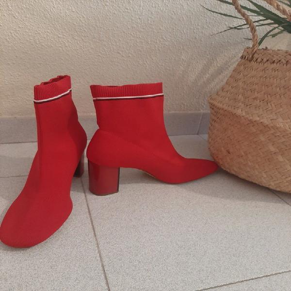 Botas elásticas stradivarius