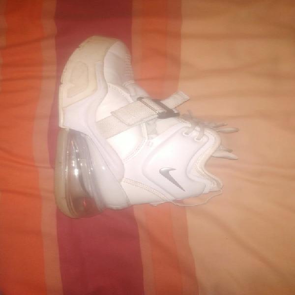 Nike air force x airmax 270