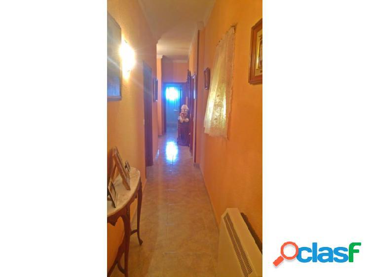 Piso 4 habitaciones Venta Badajoz 2