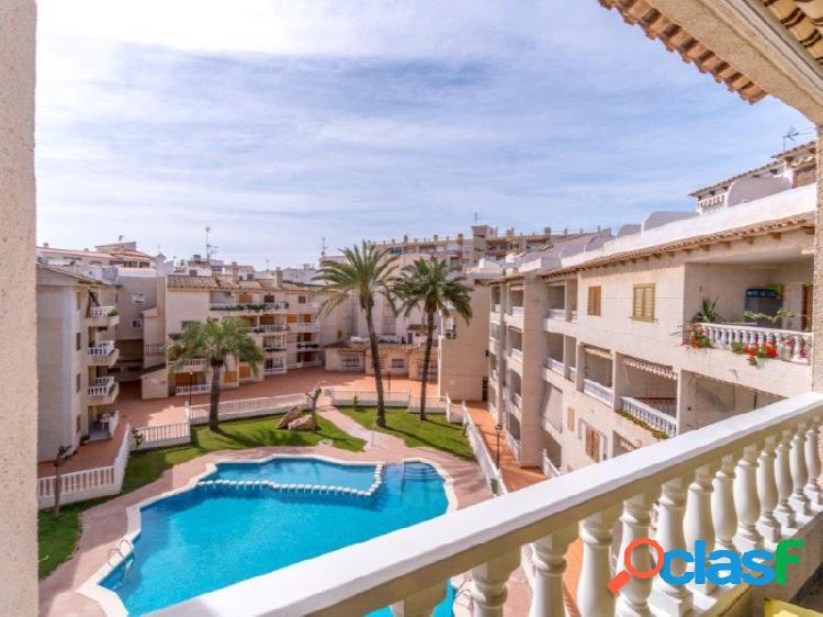 Maravilloso apartamento dúplex con 3 terrazas y terraza en techo. a solo 150 metros de las playas de los locos.