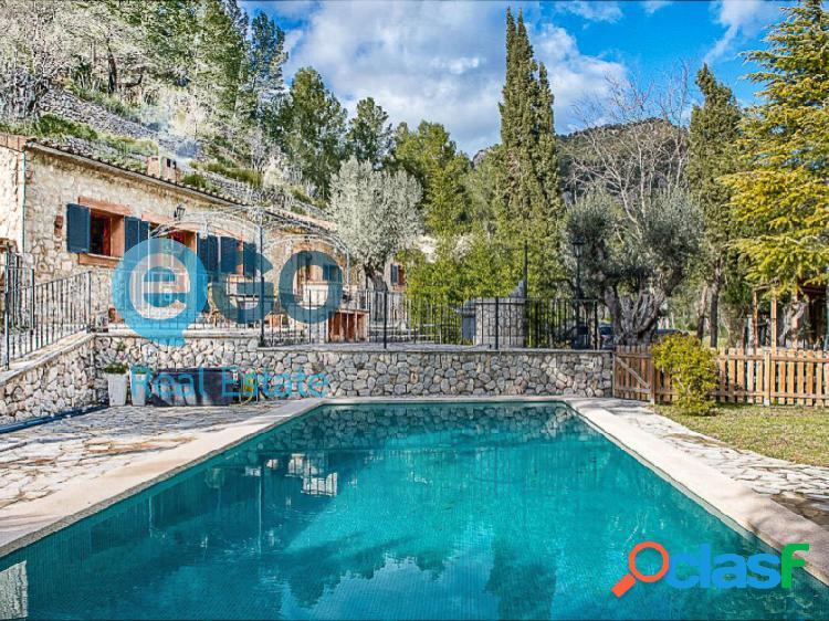 Visite esta finca con piscina en Alaró con Inmobiliaria Alcanada