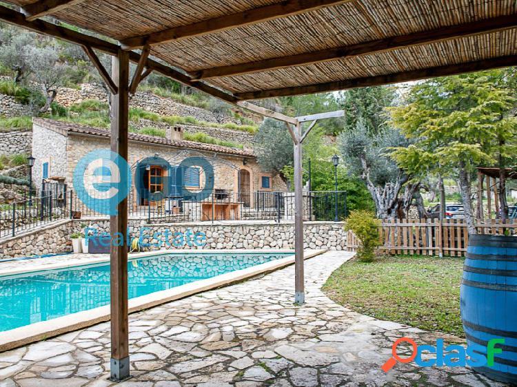 Visite esta finca con piscina en Alaró con Inmobiliaria Alcanada 2