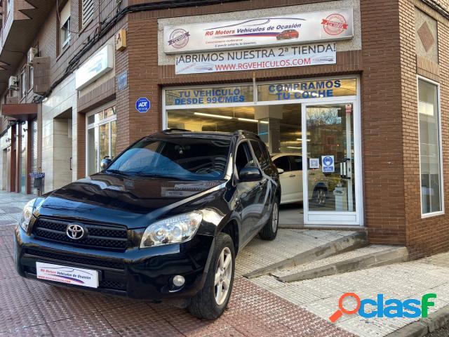 TOYOTA RAV4 diesel en Puertollano (Ciudad Real) 1