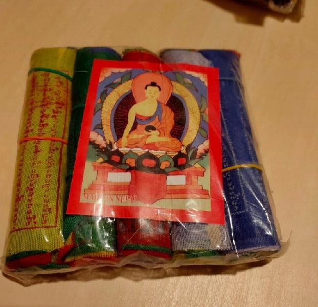 Banderas oración budista