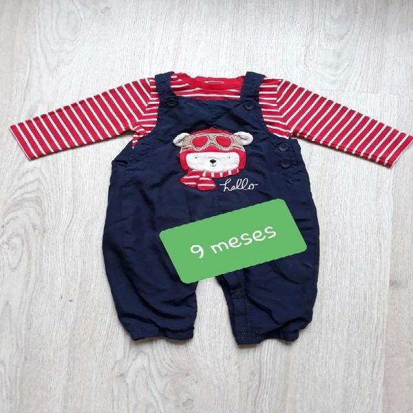 Conjunto de pantalon peto y camiseta 9 meses