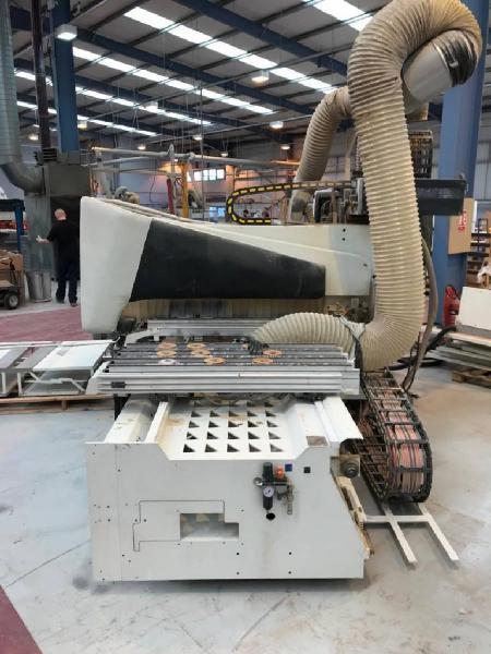 Centro de mecanizado cnc scm tech 7 30 r