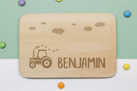 Tableros para niños personalizados con tractor y nombre