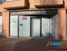 LOCAL EN VENTA EN LUCERO, MADRID 3