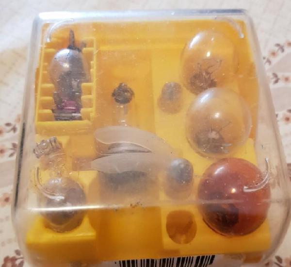 Caja original - recambios de coche - opel zafira - bombillas