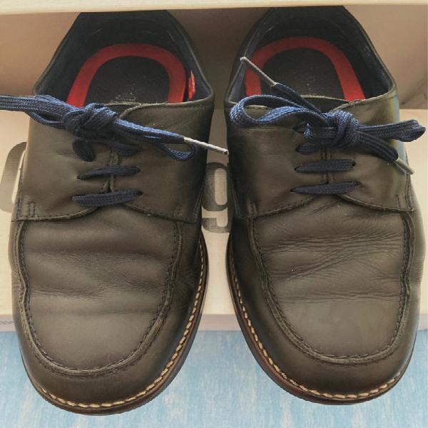 Zapatos de cordones muy cómodos.