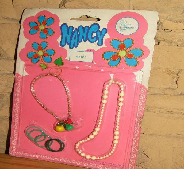 Nancy - famosa - 80123 - blister con collares y pulseras -